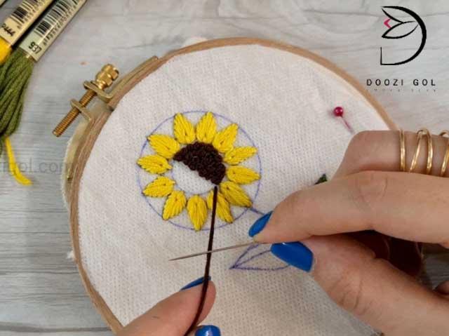 آموزش گلدوزی گل آفتاب گردان